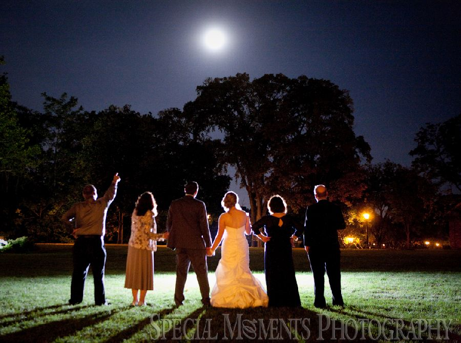 Eagle Tavern Greenfield Village Dearborn MI wedding photography