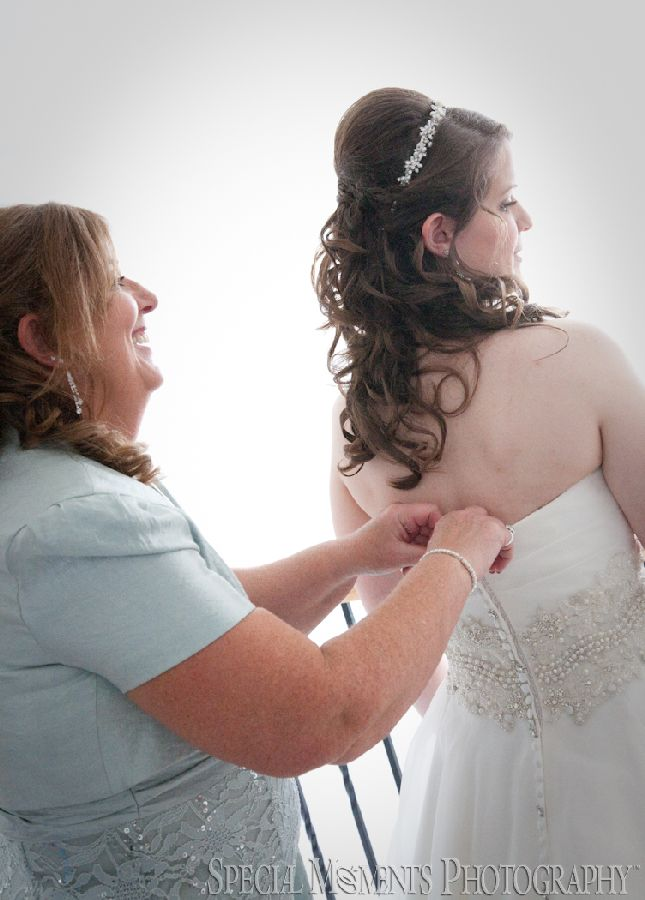 Home Getting Ready Howell MI wedding photograph