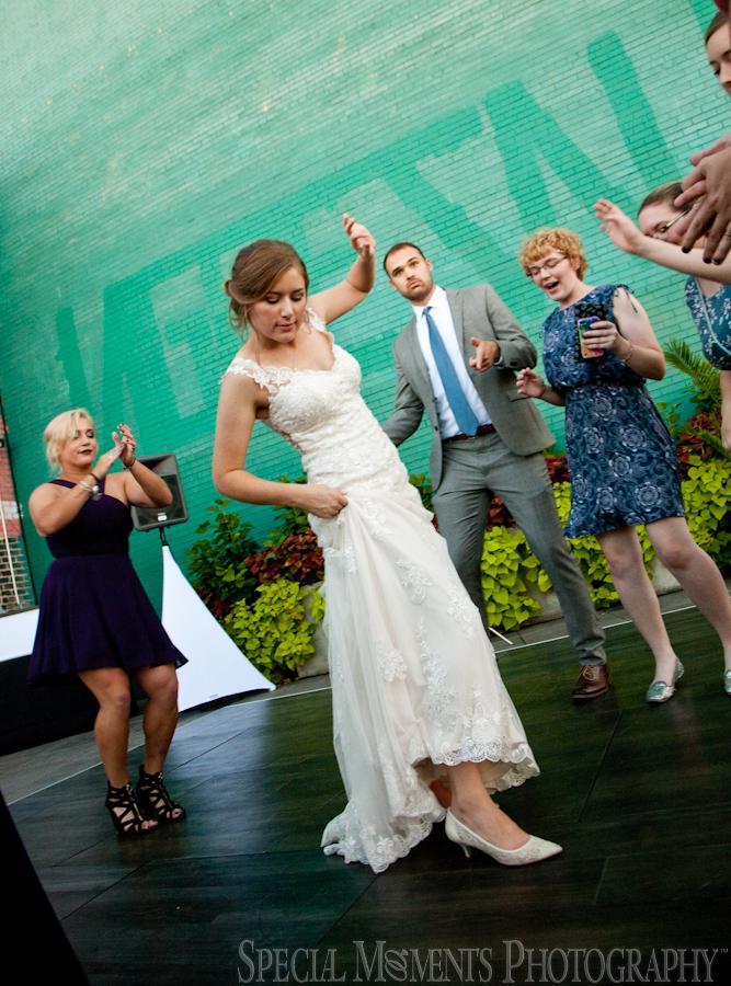 Madison Building Rooftop Detroit MI wedding photograph