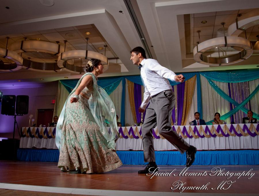 Sheraton Inn Novi MI wedding photograph