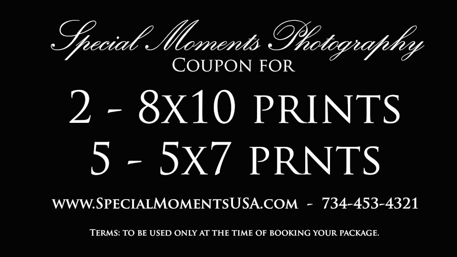 Special moments Photography wedding photograph coupon (2) 8x10 & (5) 5x7 prints with package booking.