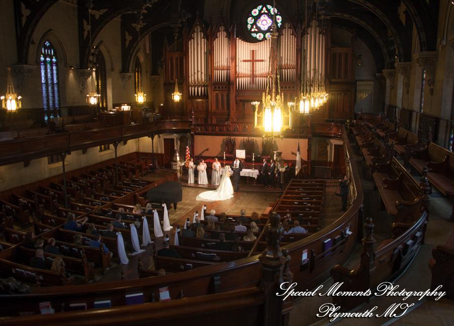 Fort Street Presbyterian Church Detroit MI wedding photograph