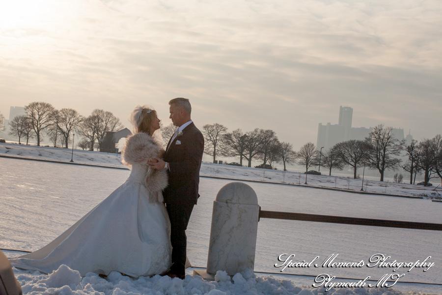 Belle Isle Park Detroit MI Wedding