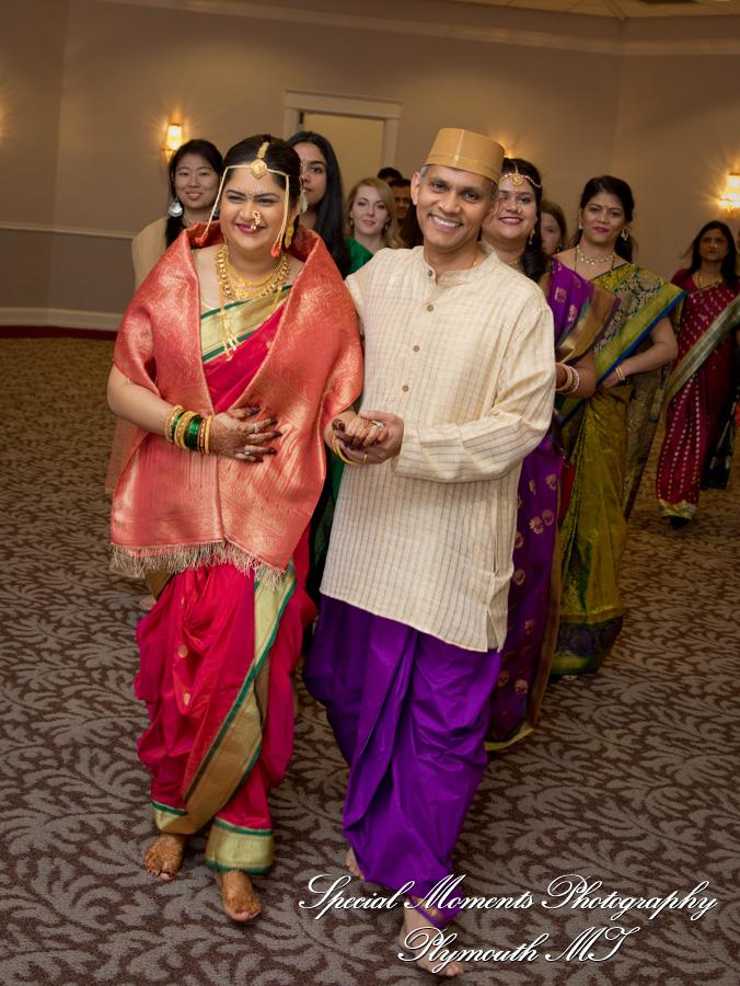 Bharatiya Temple Troy MI wedding photograph