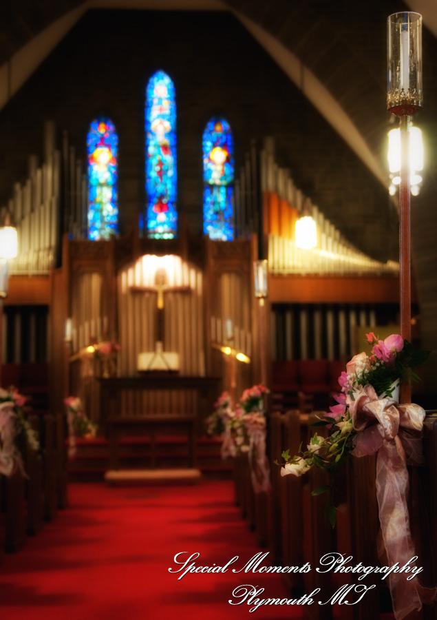 First Presbyterian Plymouth MI wedding photograph