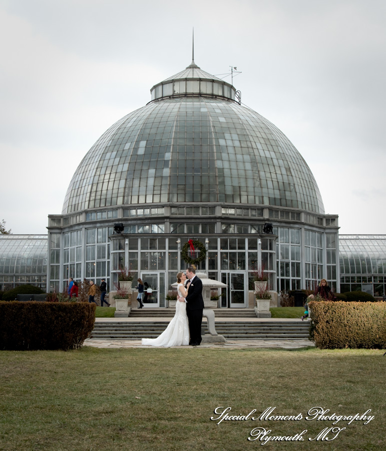 Belle Isle Detroit MI wedding photograph