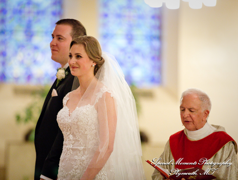 Gesu Roman Catholic Church Detroit MI wedding photograph