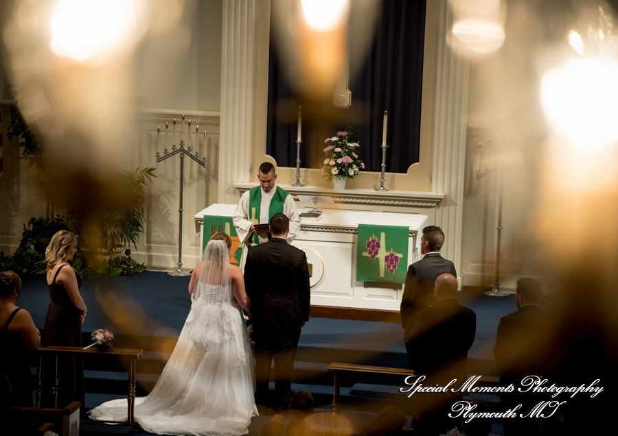 St. Paul Lutheran Trenton MI wedding photograph