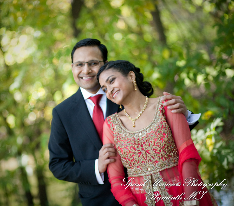 Ford Field Park Dearborn MI Hindu wedding photograph