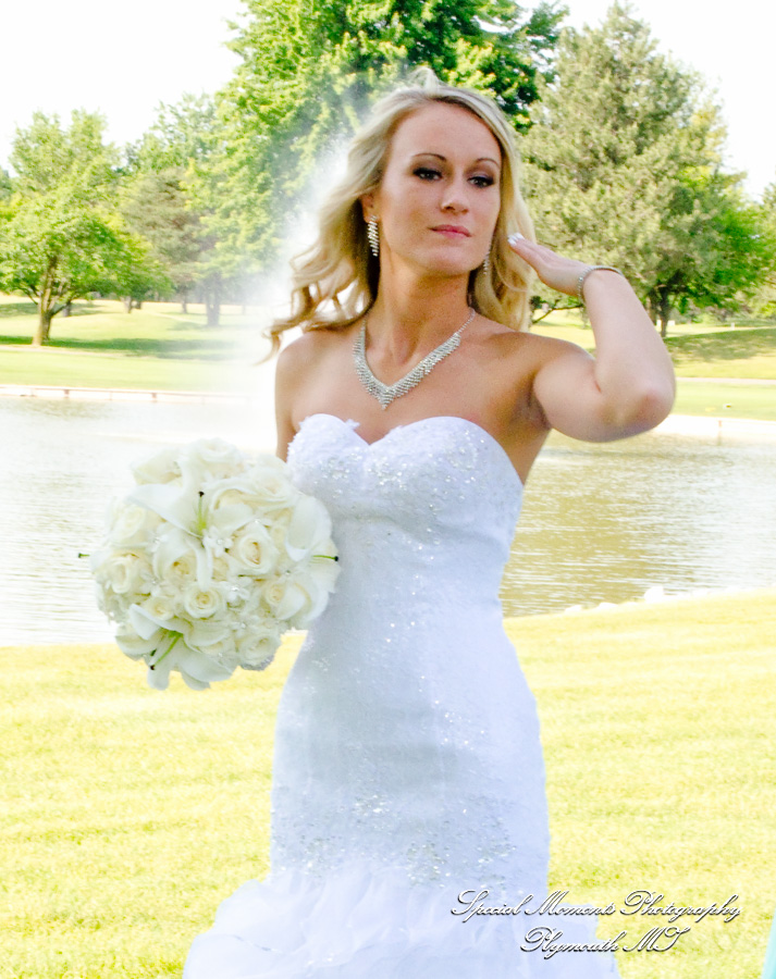 Sycamore Hills Golf Macomb MI wedding photograph