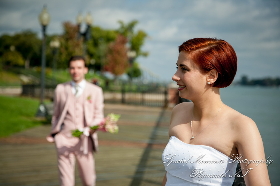 Chateau On The River Trenton MI wedding photograph
