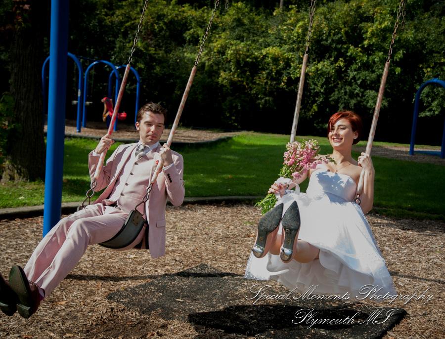 Chateau On The River Trenton MI wedding photograph
