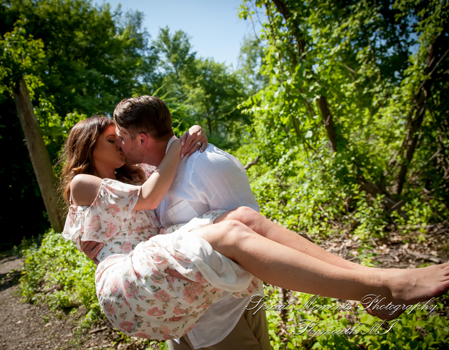 Pontiac Lake State Recreation Area MI wedding photograph