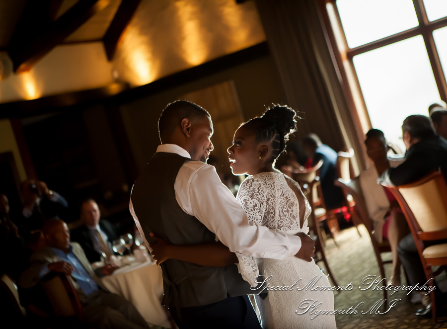 Iroquois Club Bloomfield Hills MI wedding photograph