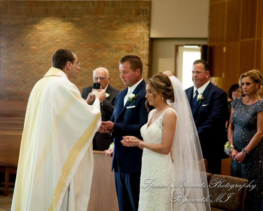 St. Kieran Catholic Shelby Twp MI wedding photograph