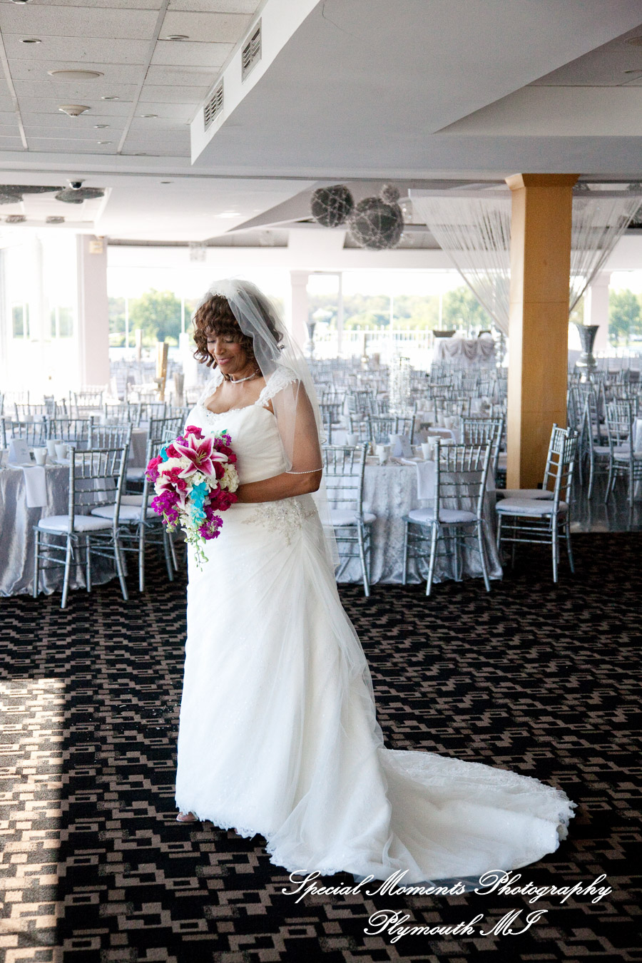 The Marine Room Roostertail Detroit MI wedding photograph