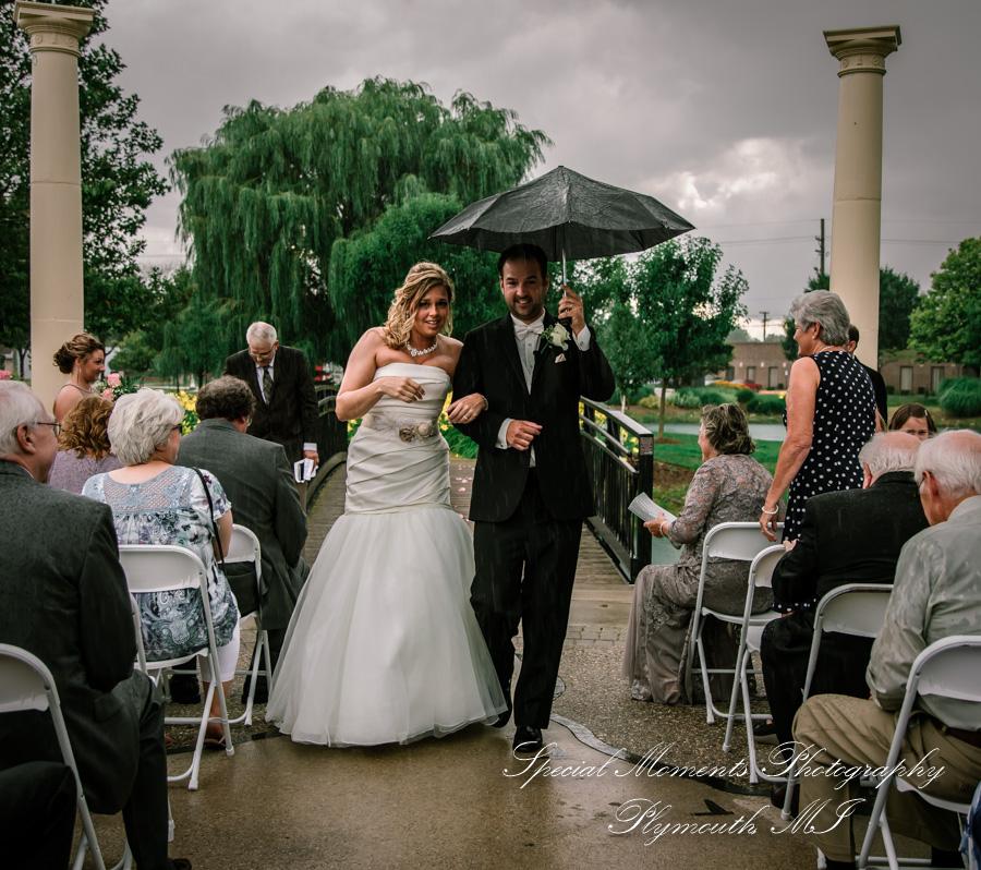 Wahby Park St. Clair Shores MI wedding photo