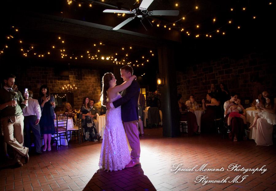 Wellers Raisin River Rm Saline MI wedding photograph