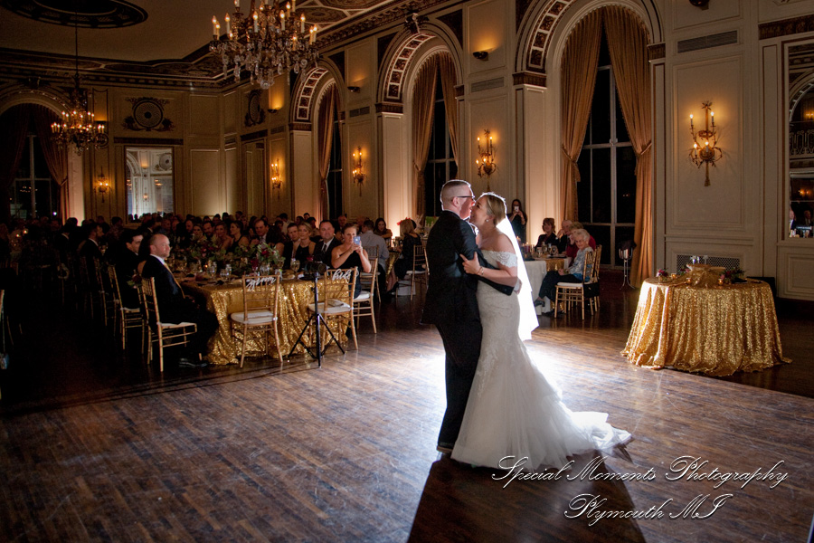 Colony Club Detroit MI wedding photograph