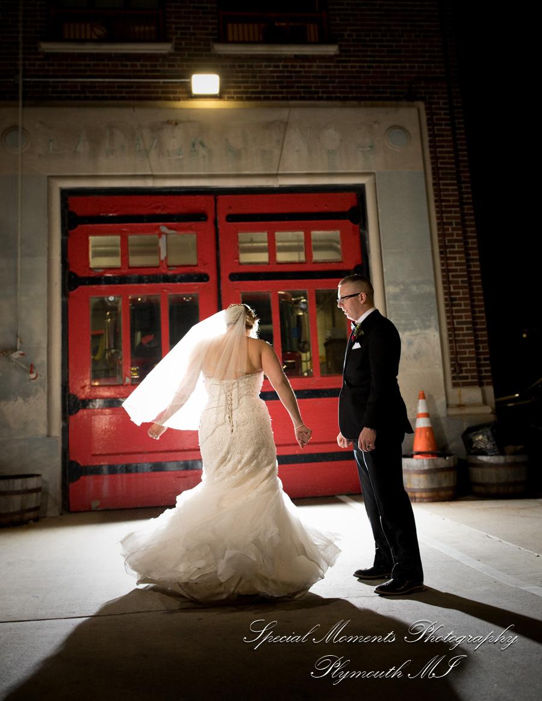 Town Pump Detroit MI wedding photograph