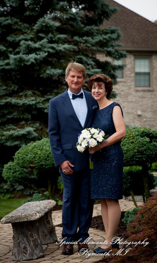 Backyard Home Micro wedding Canton MI wedding photograph