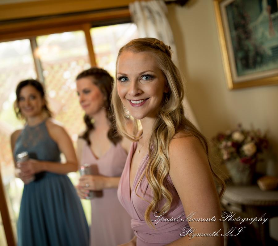 Wellers Hospitality House Saline MI wedding photograph