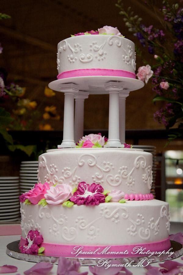 Cantoro's Trattoria & Market Plymouth MI wedding photography