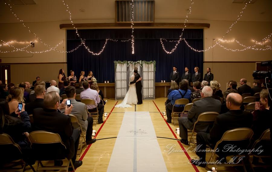 Church of Later Day Saints Westland MI wedding photograph